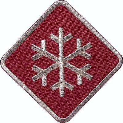 Schneeflocke-Winter-Wintersport Aufnäher von Club of Heroes. Rot