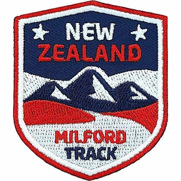 neuseeland-milford-trekk-track-wanderweg-patch-patches-aufbuegler-flicken-buegel-applikation-textil-buegelbild-aufnaehen-gestickt-club-of-heroes-clubofheroes